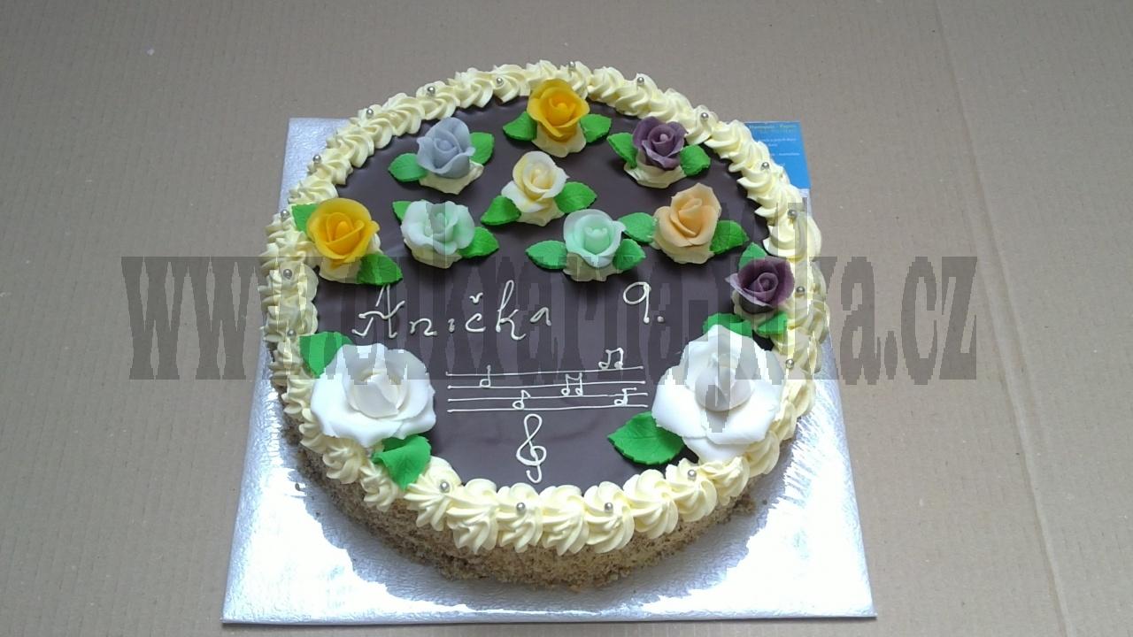 dort kulatý s růžičkama