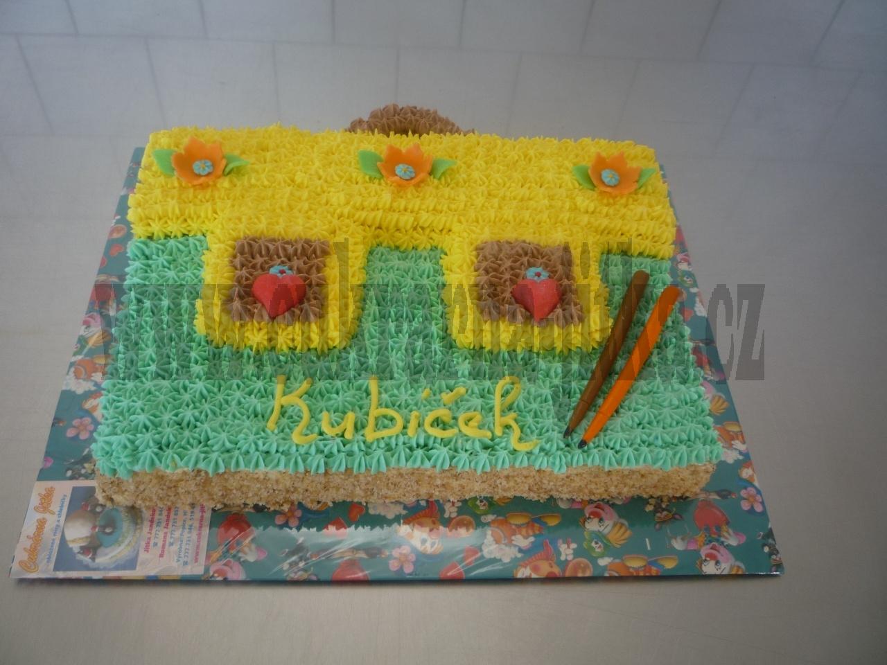 aktovka dort - krémová obsyp.ořechy   č.365