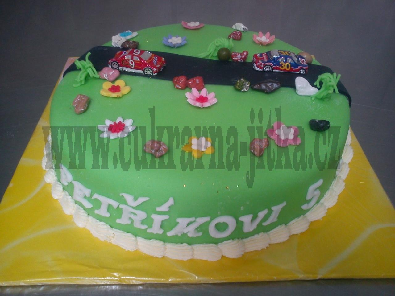 dort autíčko čokoládové na silnici kulatý dort č.554