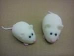 marcipánové bílé myšky