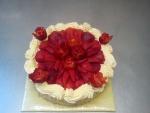 dort kulatý ovoce čerstvé jahody
