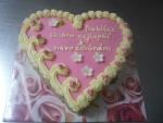 srdce dort - vrch růžový marcipán, bok ořech