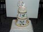 svatební 3 patrový dort na římských sloupech     č.157