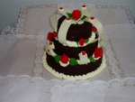 kulatý třípatrový dort čokoládový  koruna s mosty     č.46