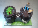 hrad s drakem dort celý v čokoládě