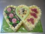 svatební dort dvojsrdce vrch čokoláda syp.ořech  č.044  II. jiná barva růžiček