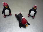 figurky marcipánové tučňáci s čepičkama