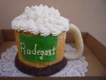 pivní půllitr  dort ,pěna šlehačka   č.433