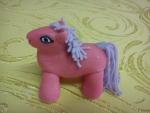 figurka marcipánový koník růžový
