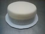 svatební  bílý dort se štrasem č.442