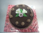 dort kulatý čokoládovo - čokoládový dort
