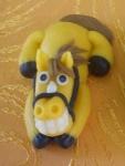 figurka marcipánový koník