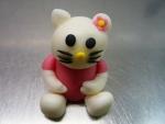 marcipánová figurka Hellou Kitty sedící růžová