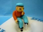 marcipánová figurka elektrikář