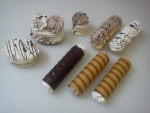 laskonka, mánička v,m, rakvička, čokoládová trubička - oplatková trubička se šlehačkou