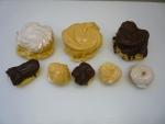 větrník fondánový,karamelový,čokoládový,banánek malý,větrníkymalé,věneček cukrovaný,věneček fondánový,